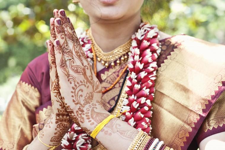 The Gorgeous Indian Henna Tattoo Art: Sai Eyebrow Designer